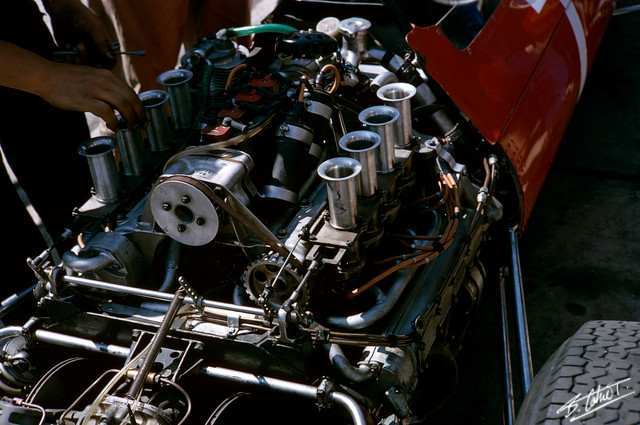 Engine-Ferrari_1964_Germany_01_BC.jpg
