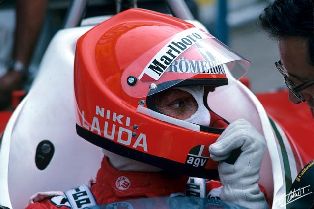 Lauda-Forghieri_1976_Italy_01_BC.jpg