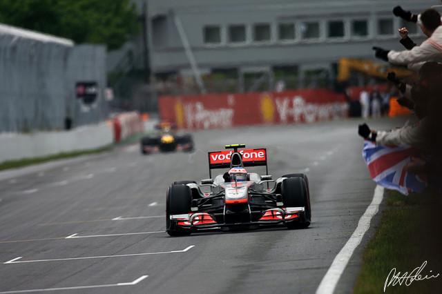 Jenson Button, Piloto de Formula 1, em 2011 - f1-photo.com